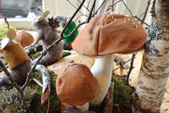 Hand-Stitched Fabric Toadstools<br>Wed June 28, 6-9pm