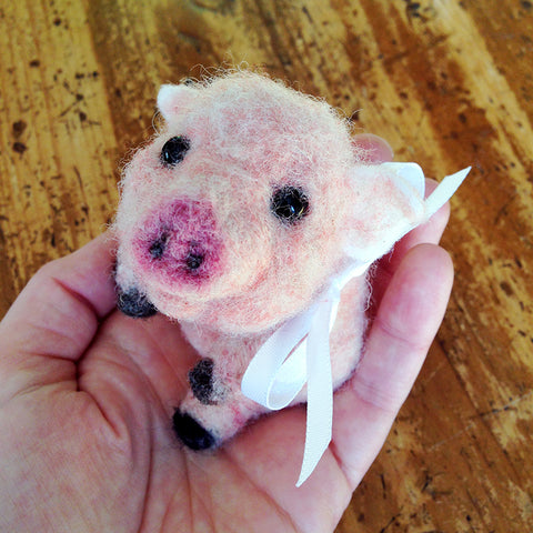 *NEW* Needle Felted Piglet - Sat. March 30, 12-4pm