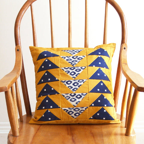 Flock<br>Quilt-Pieced Envelope Back Pillow Cover Pattern