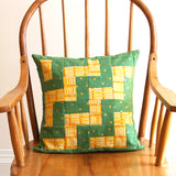 Zig Zag<br>Quilt-Pieced Envelope Back Pillow Cover Pattern