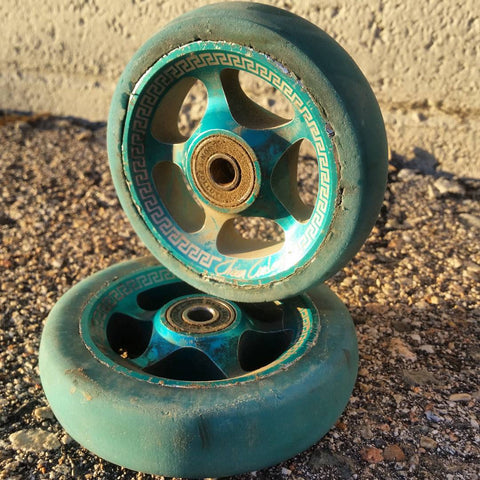 dirty worn down wheels