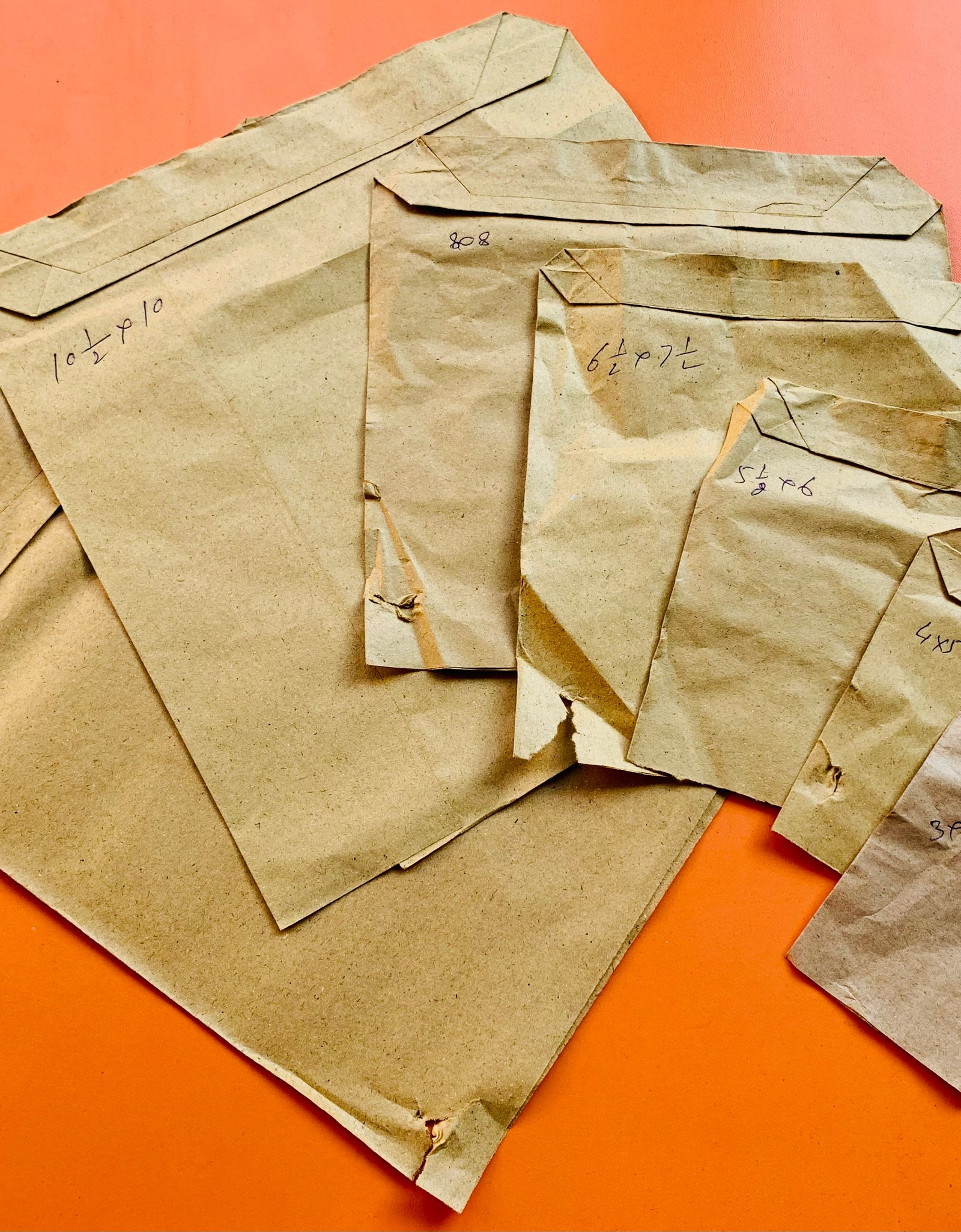 Brown Paper Bags For Food and Bakery Items. 200 PCS
