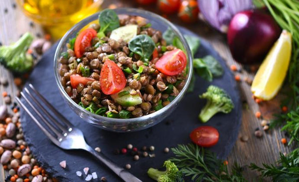 Advantages of Vegetarian Food Diets and Associated Deficiencies