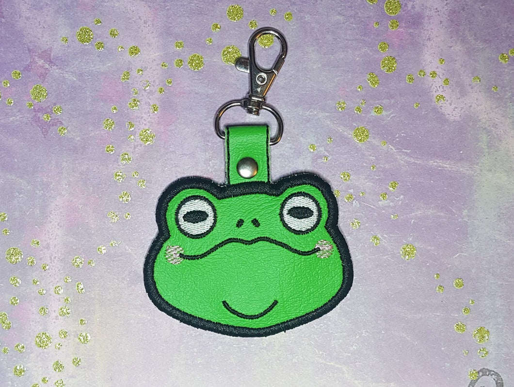 Embroidered Cute Frog Key Fob, Kawaii Toad Keychain, Wizard Familiar Baggage Clip, Cottage Core Accessory, Perfect Gift for Bog Witch or Hag