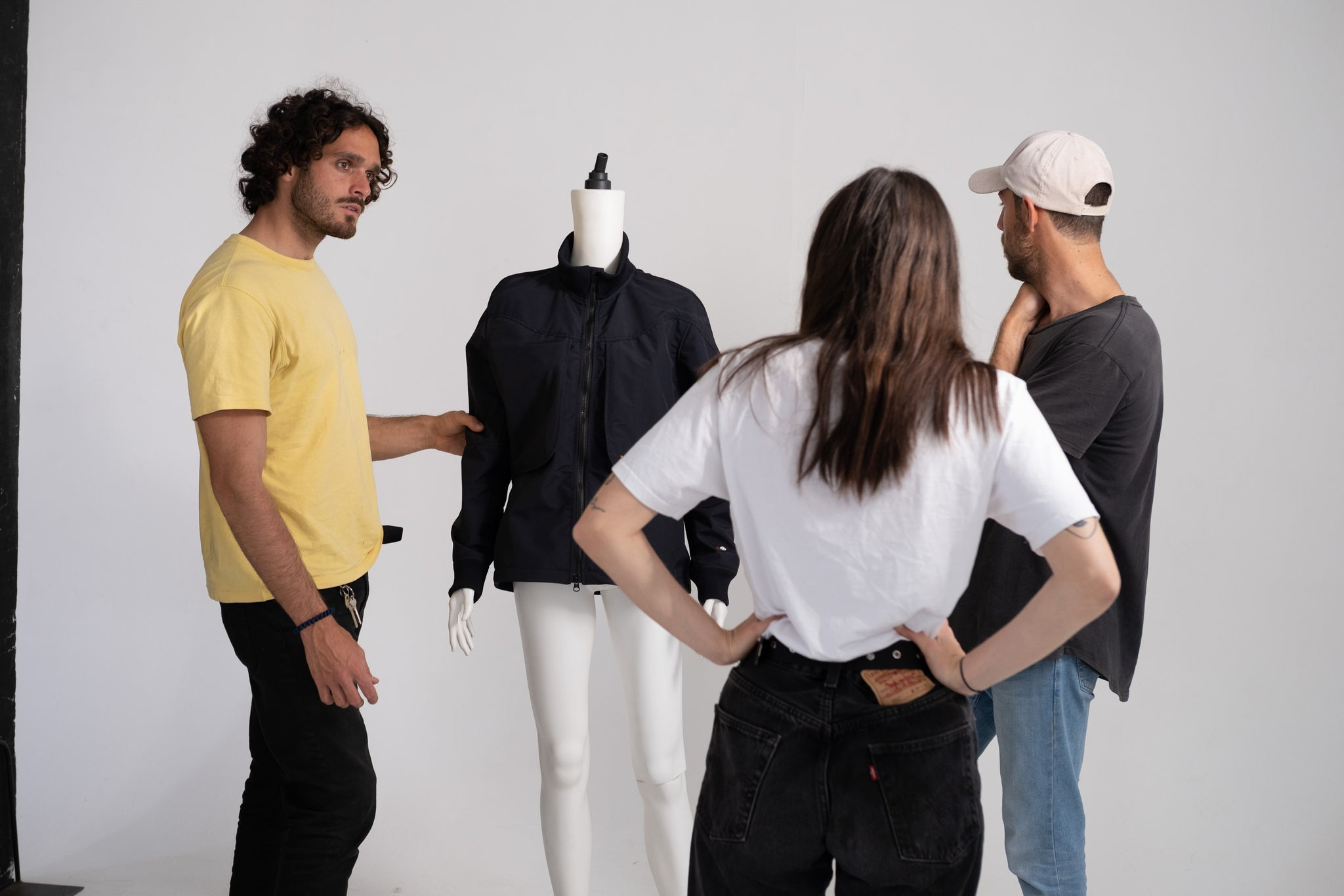 Untraced Video shooting at the studio. Untraced Golfing. Technical golf jackets and polos for women and men. Recycled and bluesign approved materials. Question the codes.