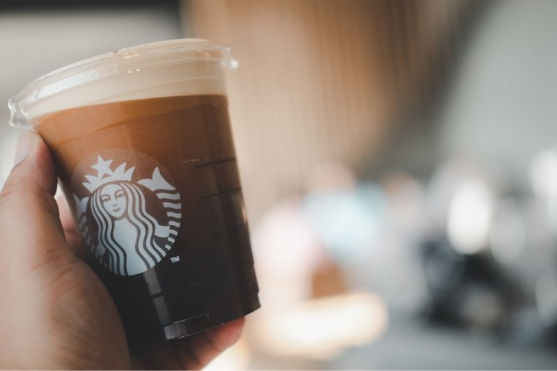 The First Sign Language Starbucks Café in Japan