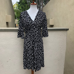 Ann Taylor Loft Black and White Dress Size 8 - Luxe Statements