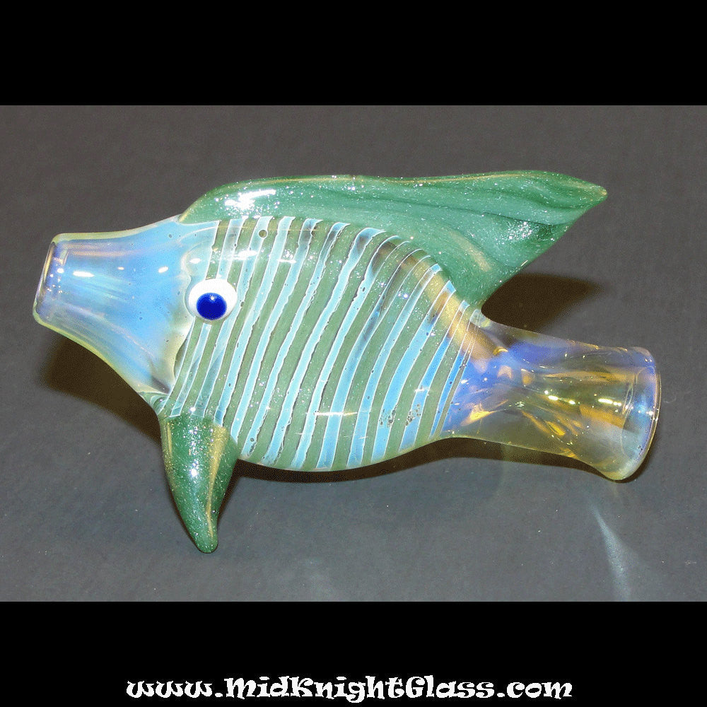 Green Sparkle Fish Style Silver Fumed Color Changing Chillum Bat One ...