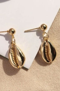 Amelia Shell Earrings - Amaryllis Land