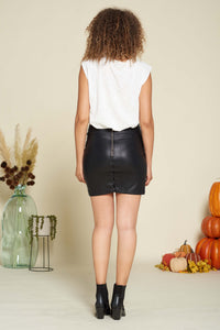 Bend and Snapped Fitted Leather Skirt