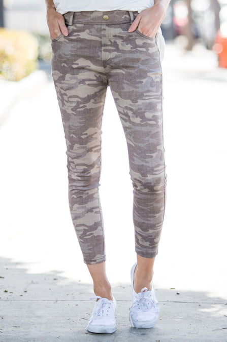 Muted Camo Elastic Stretch Jeggings - Amaryllis Land