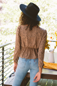 Wild Card Flounce Top