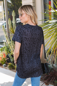 Amaryllis Tee (Animal Prints)