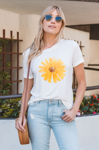 Sunflower Tee - Amaryllis Land