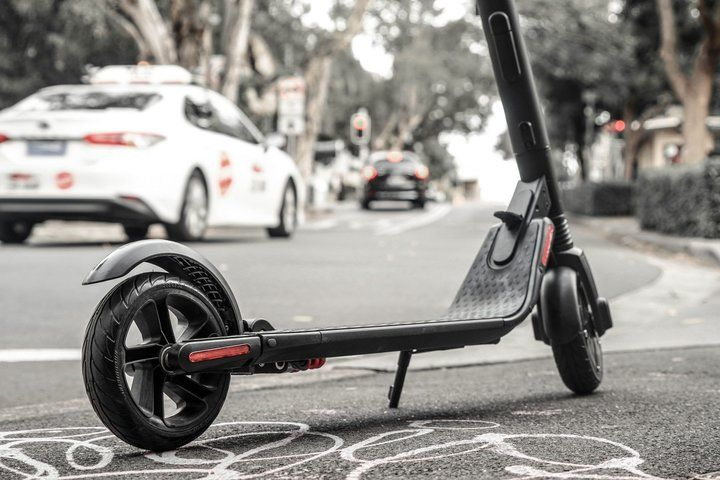 Electric scooter Versus Cars: Which is more cost-effective?