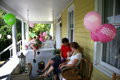 front porch summer party balloon decorations