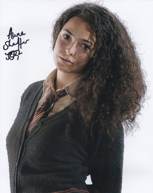 Anna Shaffer 10x8 signed in Black