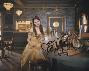Emilie De Ravin 10x8 signed in Black