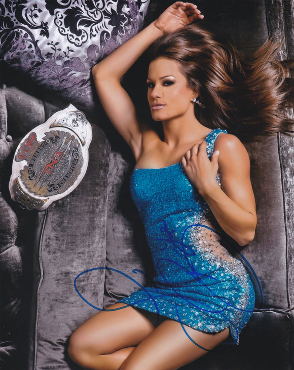 Brooke Tessmacher 10x8 signed in Blue