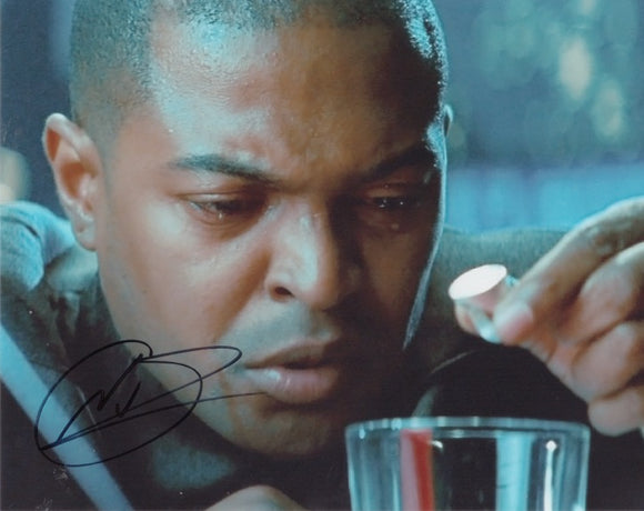 Noel Clarke 10x8 signed in black