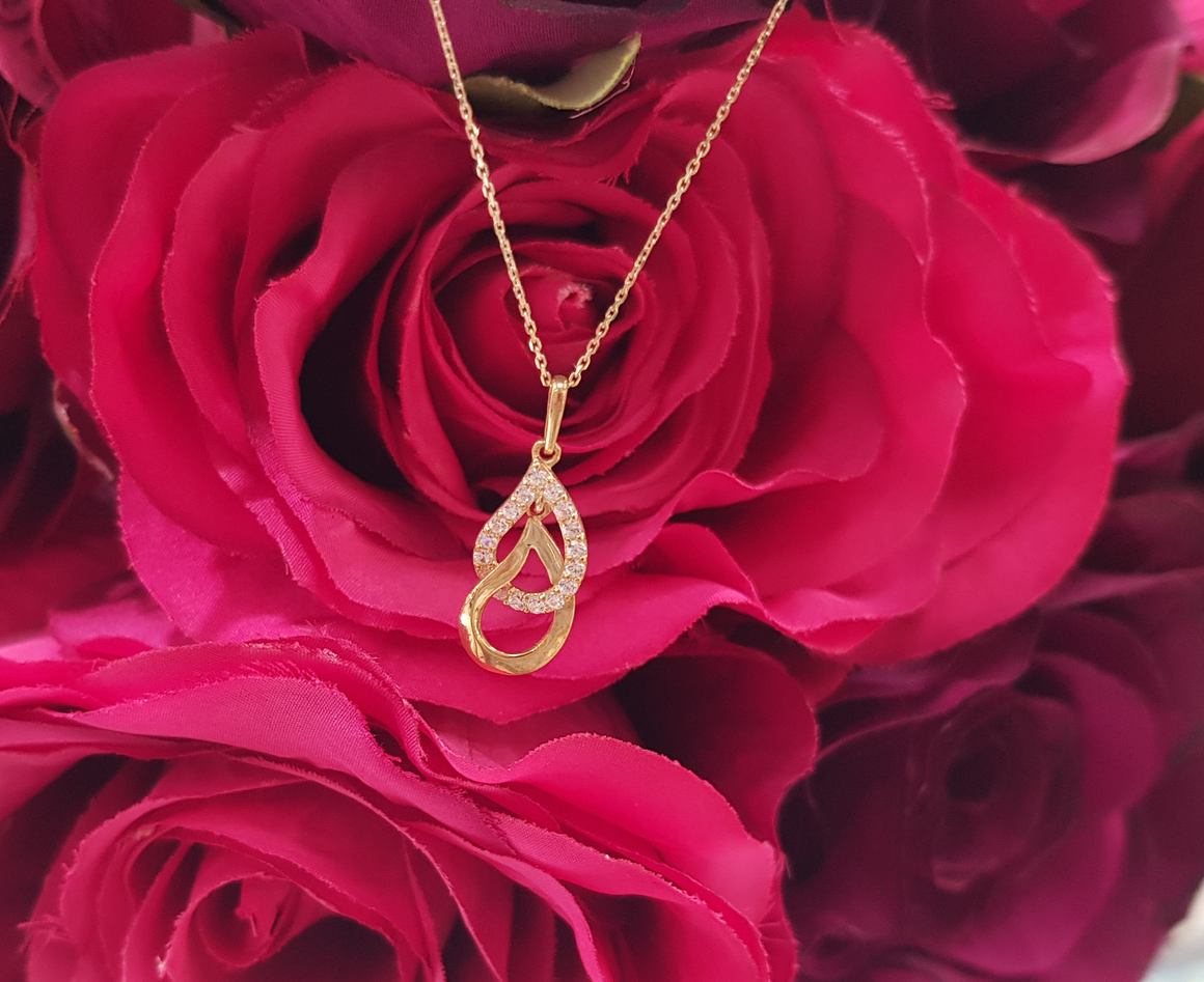 9ct. Yellow Gold & Stone Set Double Teardrop Pendant & Chain