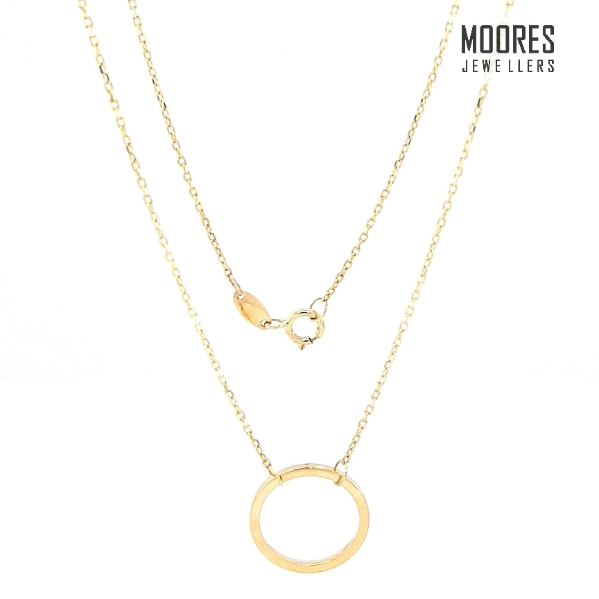 9ct. Yellow Gold Circle Pendant and Chain