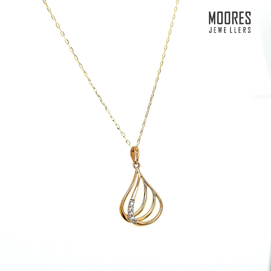 9ct. Yellow Gold Stone Set Pendant and Chain