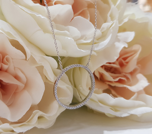 Sterling Silver Stone Set Circle Pendant and Chain