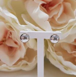 9ct. White Gold Round Ball Stud Earrings