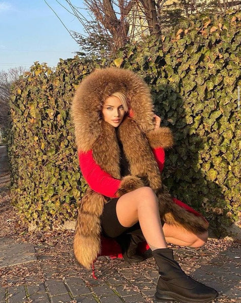 Women Water Proof Long Parka w/ Racoon Fur (RED)