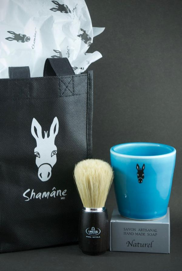 Blue shaving set