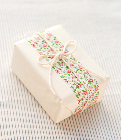 String tied gift wrap washi tape