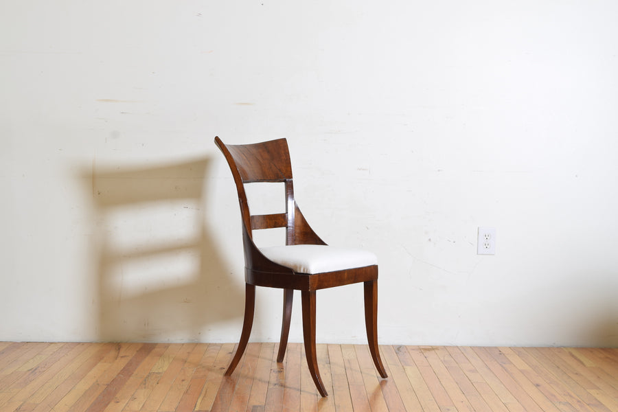Set of 6 Walnut Veneered Dining Chairs