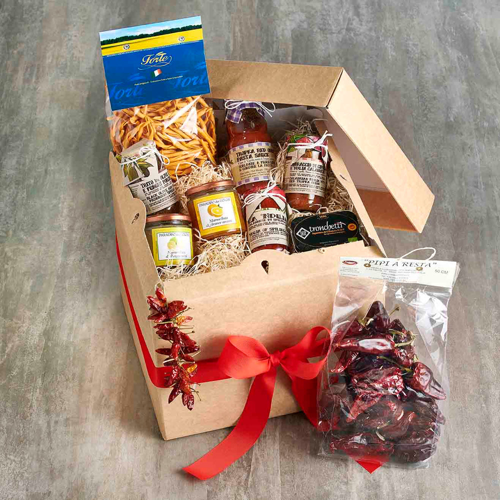 Vorrei Italian Food hamper with calabrian produce