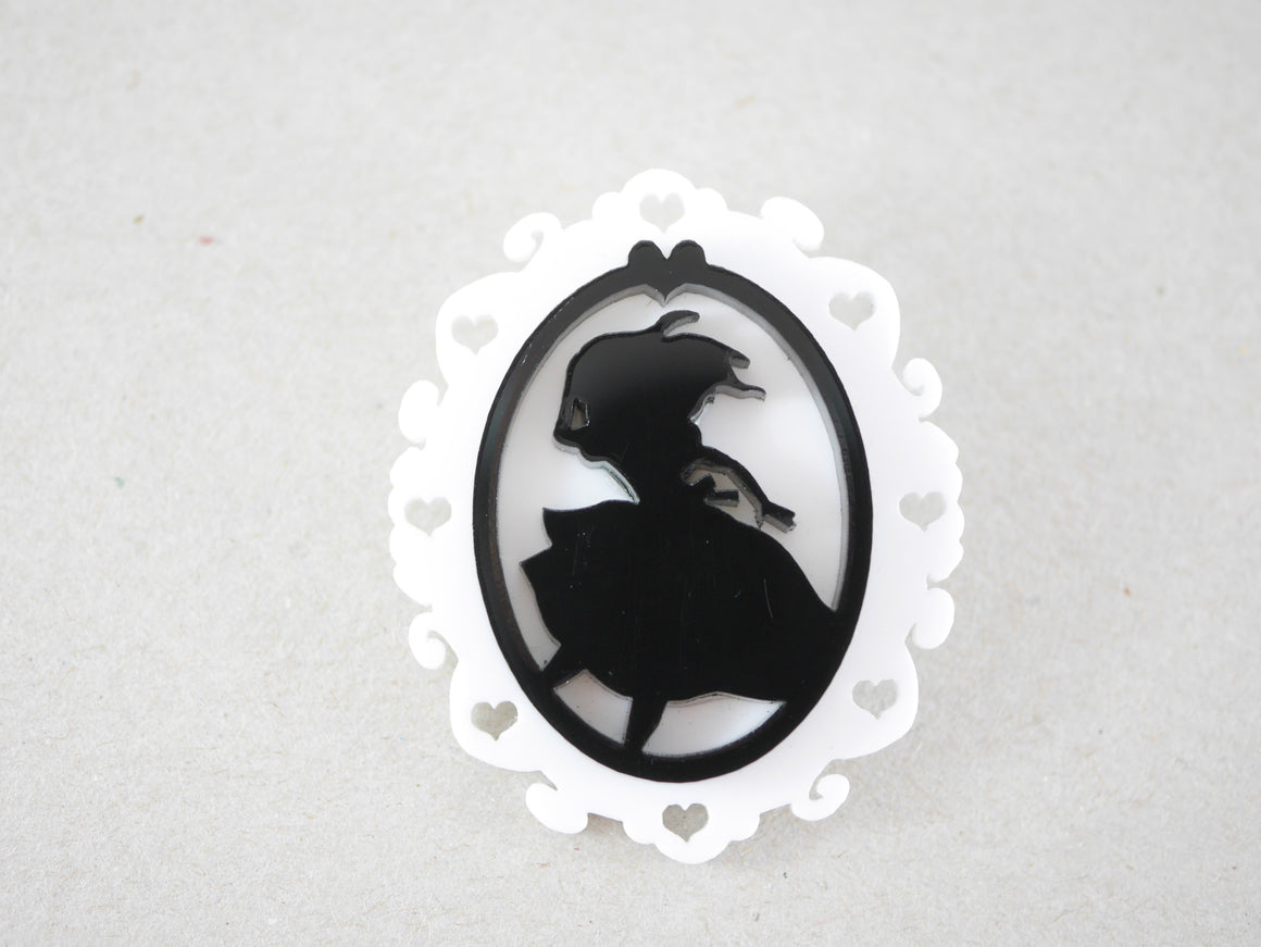Alice in Wonderland Cameo Brooch