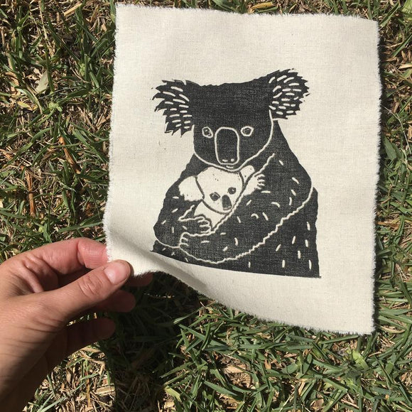 Value Laboratory Print - Koala with Baby in Arms