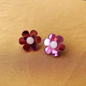 daisy studs in 3 colourways by closet mod and mintcloud from australian gift shop have you met charlie in adelaide south australia
