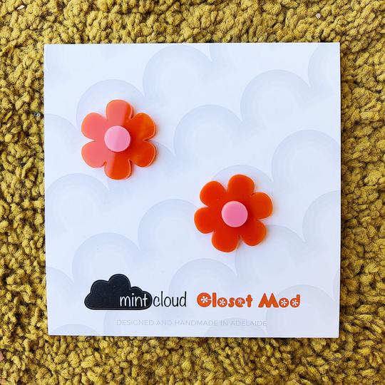 Closet Mod & Mintcloud Collaboration Earrings - Orange & Pink Flower Studs