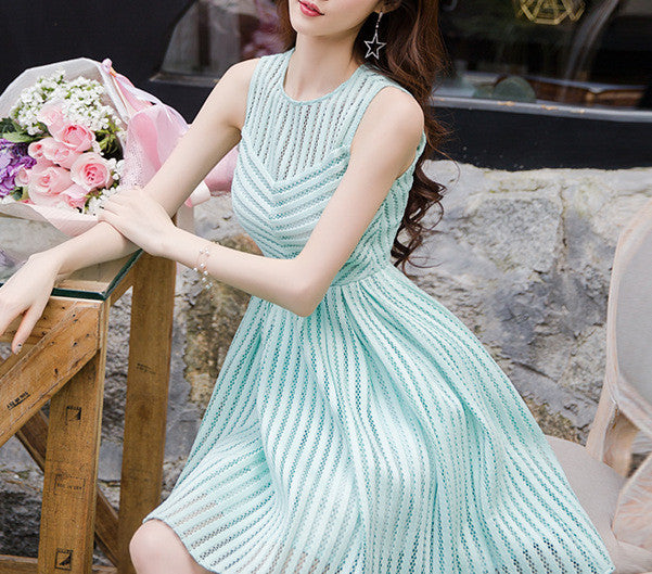 MY0053 Round Neck Box Pleat Mini Dress in Lace Stripe Pattern