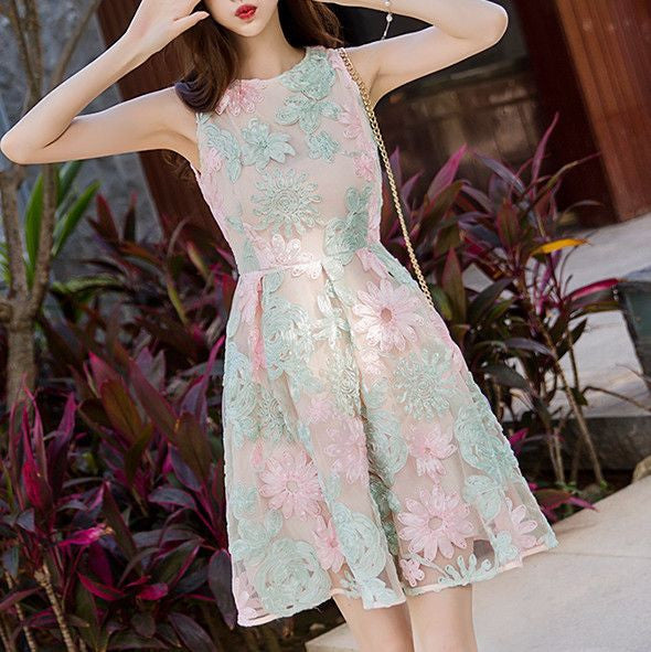 MY0048 Sleeveless Box pleat A-line Mini Dress with Embroidered Flower Lace