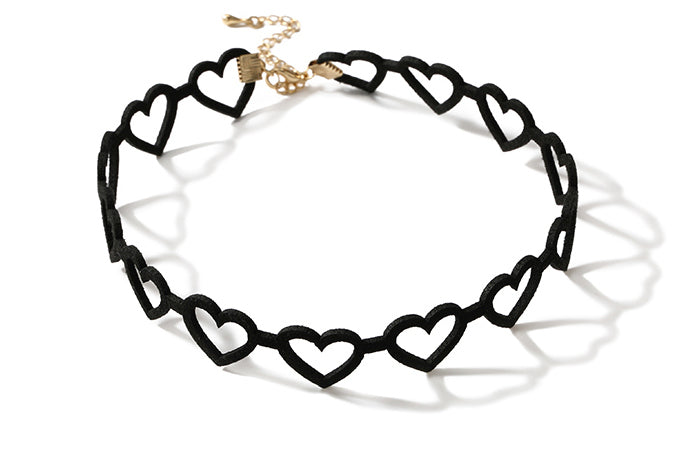 #N00015 Hearts Velvet Necklace