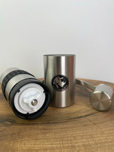 Lade das Bild in den Galerie-Viewer, Rhino Hand Grinder small (mit Adapter für AeroPress®)