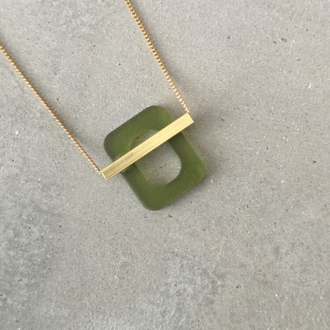 Green and gold deco necklace