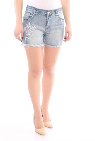 floral embroidery, short jeans