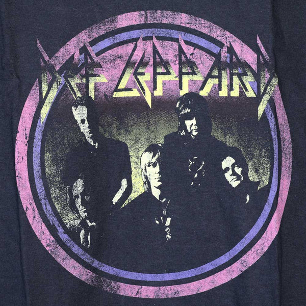 Def Leppard - Vintage Circle Design - Female - T-Shirt - Twisted Thread Clothing