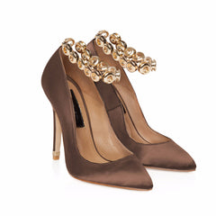 WARM BROWN SATIN COURT SHOE WITH GOLD EYELET ANKLET