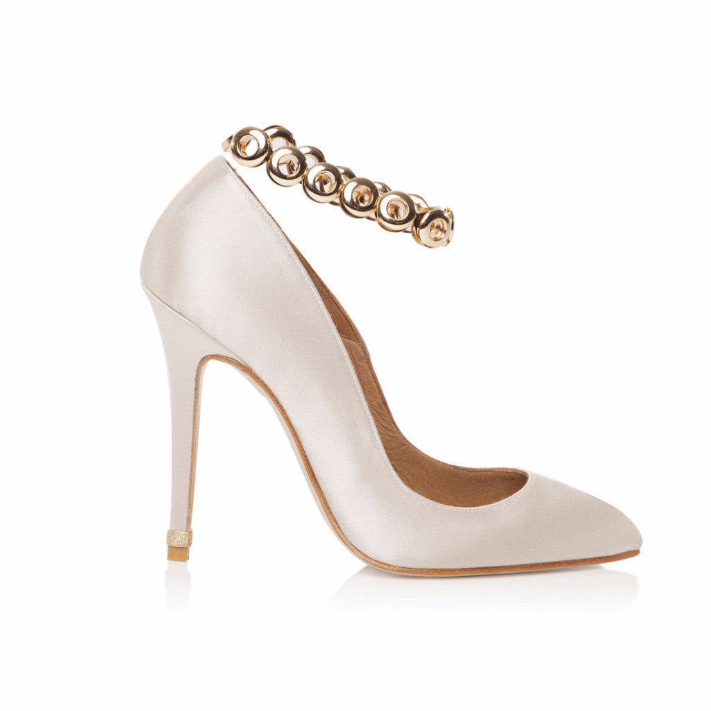 PORCELAIN OFF WHITE SATIN COURT SHOE WITH GOLD EYELET ANKLET