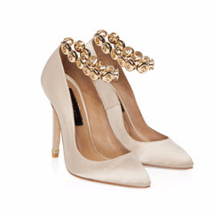 CHAMPAGNE SATIN COURT SHOE WITH GOLD EYELET ANKLET