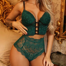 Two Pieces Sets Lingerie Sleeveless Color Lace Top Bra Thong Halter