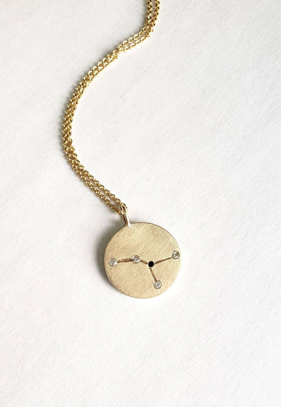Constellation necklace in solid gold with diamond accents